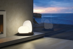 63-lampe-à-poser-table-MOAI-leucos-652x382